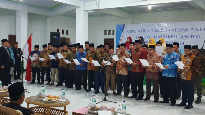 Pelantikan dan Rapat Kerja Pengurus Baru Forbis IKPM Gontor Periode 2019-2024