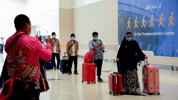 Jemaah Umrah Gelombang Ketiga Dari Indonesia Tiba di Jeddah