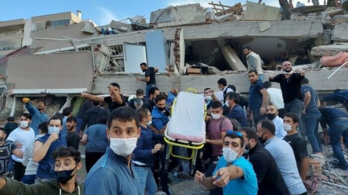 Raja Salman Perintahkan Kirim Bantuan Untuk Korban Gempa di Turki