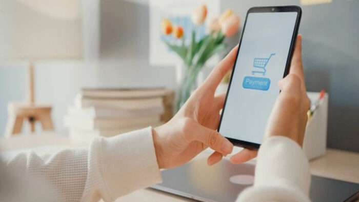 Menjejaki Perkembangan e-Commerce Di Indonesia