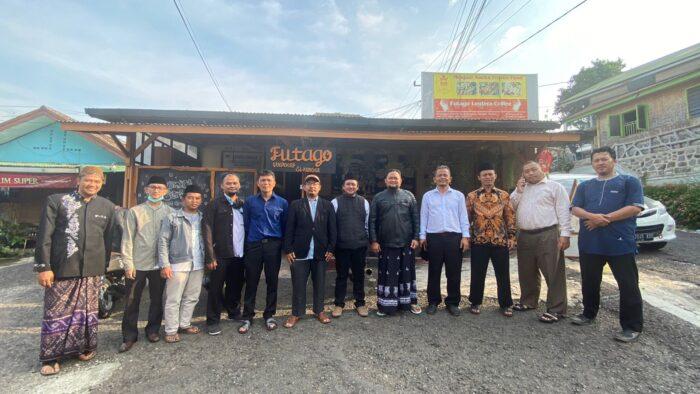 Cafe Futago, Teh Wulan dan FORBIS Cianjur