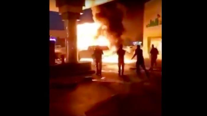 Pengendara Mobil yang Menjadi Pahlawan di Arab Saudi