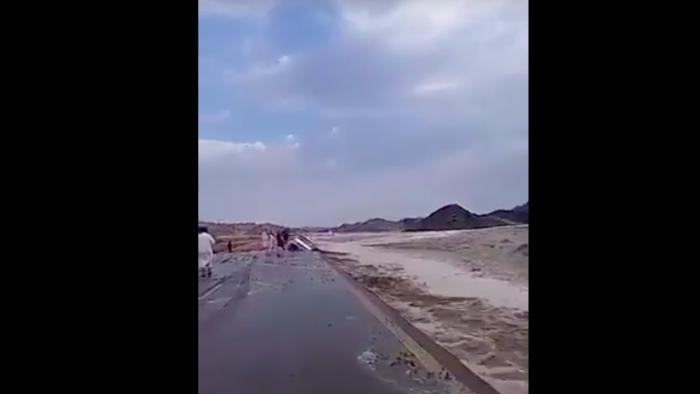 Hujan Deras Disertai Angin Bergerak ke Jeddah dan Makkah