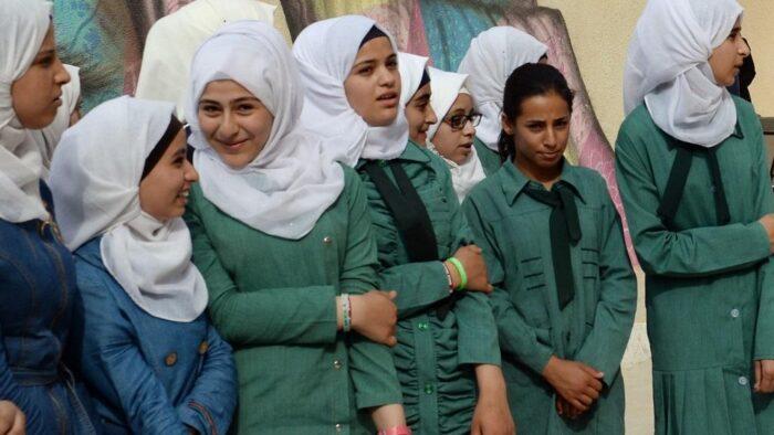 Syura Mengajukan Pernikahan Anak Perempuan Di Bawah 18 Tahun Harus Melalui Lembaga Pengadilan Khusus