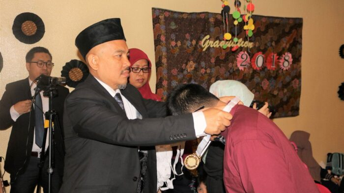 KJRI Melepas Purna Siswa Sekolah Indonesia Mekkah