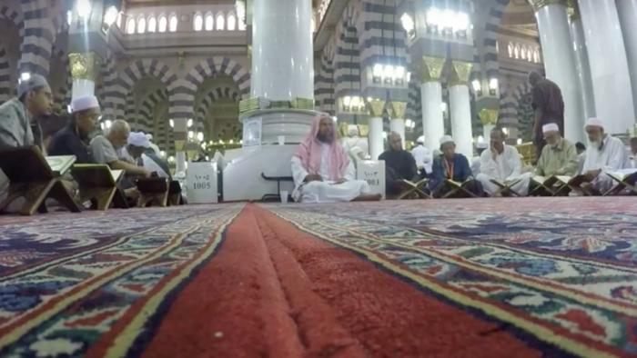 Jemaah Umrah Dapat Mengisi Waktu di Masjid Nabawi dengan Tahsin Bacaan Al-Quran