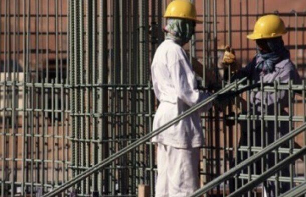 8 Syarat Pekerja Asing Bebas Berpindah Kerja di Arab Saudi