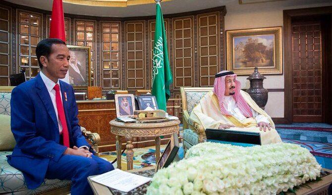 Video: Presiden RI Joko Widodo Makan Siang Bersama Raja Salman di Riyadh