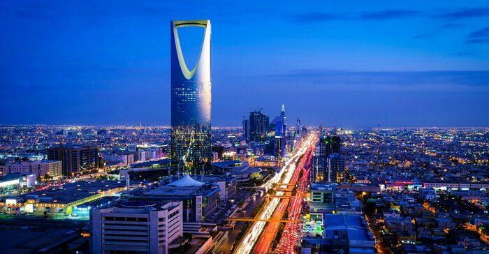 Malam Terpanjang di Saudi Hingga Lebih 13 Jam