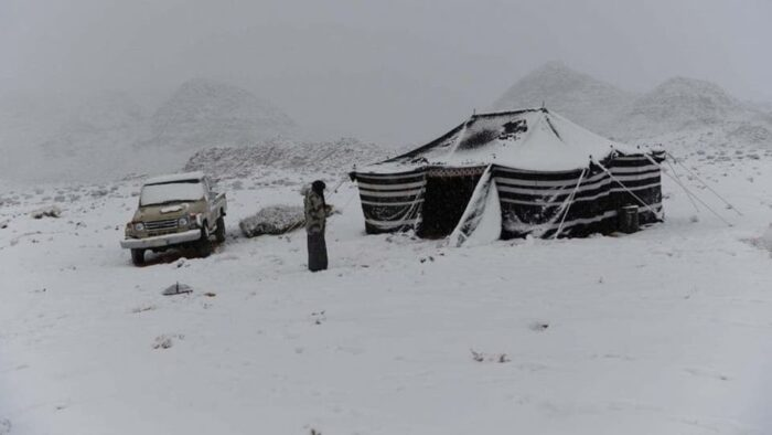 Turun Salju di Saudi: Suhu Udara 15 Derajat di Bawah Nol Derajat Celcius