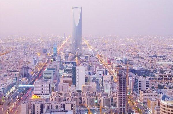 Mengambil Bahaya Yang Lebih Ringan: Kebijakan Ekonomi Arab Saudi Menghadapi Krisi Pandemi