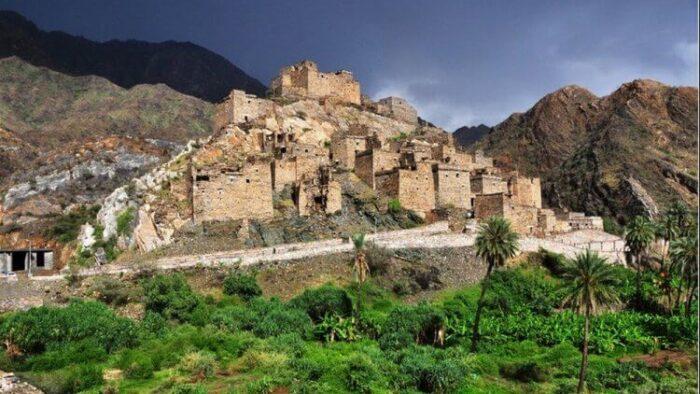 20 Destinasi Wisata Paling Indah dan Menakjubkan di Arab Saudi