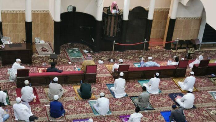 Arab Saudi Adakan Shalat Idul Adha Hanya di Masjid