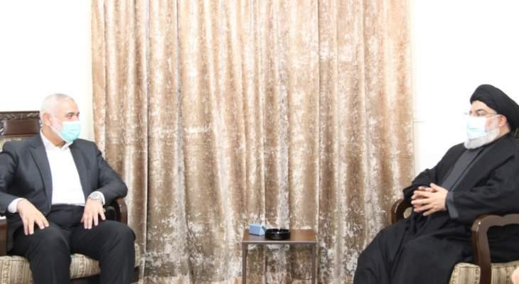 Pertemuan teroris Hassan Nasrallat dengan Ismail Haniyeh, kepala biro politik Hamas di Lebanon .