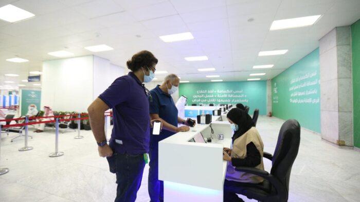 Menteri Kesehatan Saudi: Kami Sediakan Vaksinasi di Apotek Secara Gratis