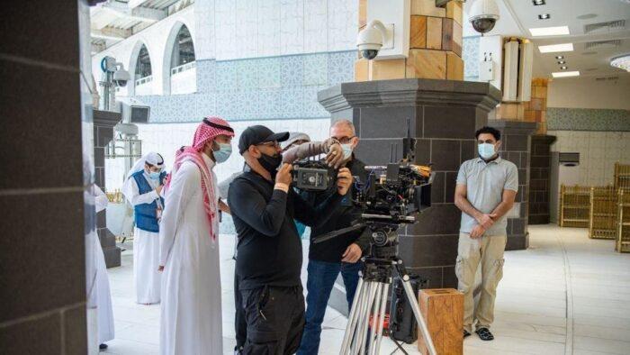 Syuting 150 Jam Untuk Produksi Film Masjidil Haram dan Corona