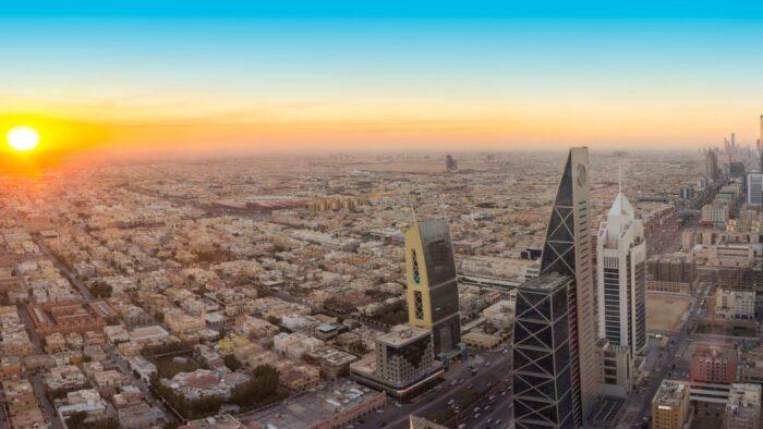 Kemakmuran dan Stabilitas Saudi Bukan Karena Minyak dan Kekayaannya